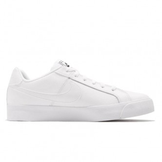 WMNS NIKE COURT ROYALE AC 0320